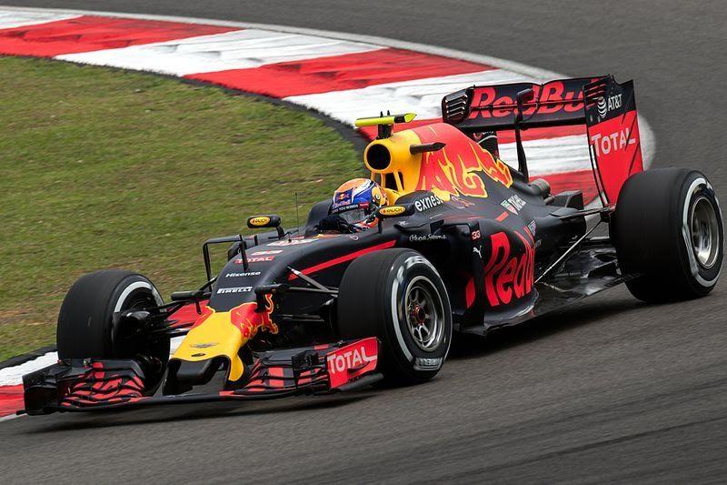 Formula 1: Hamilton-Verstappen duel